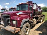 1994 Mack RD688S Triple Axle 70 Barrel Water/Brine Hauling Tractor