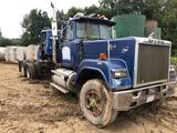 1985 Mack RD688S Striaght Truck Frame Tractor