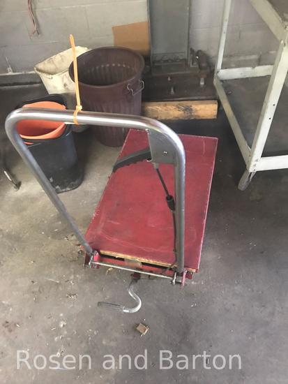 Dayton Model 3KR46G Hydraulic Elevating Cart