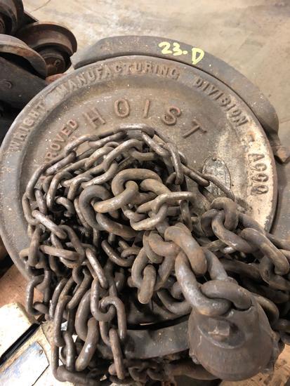Wright Manufacturing Co 1 ton chain hoist
