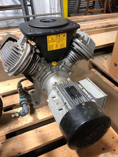 Leroy Sommer LS100L 3 Phase Induction Motor. Like New