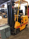 Allis Chalmers Electric Triple Mast Forklift w/charger