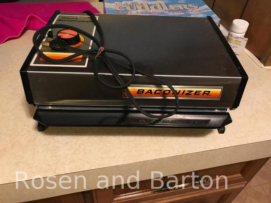 Baconizer bacon cooker