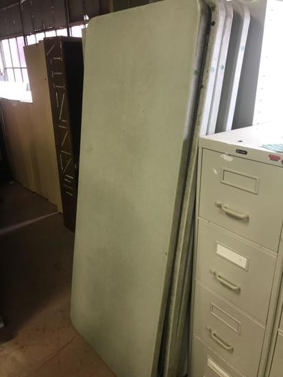 6 foot folding leg plastic table