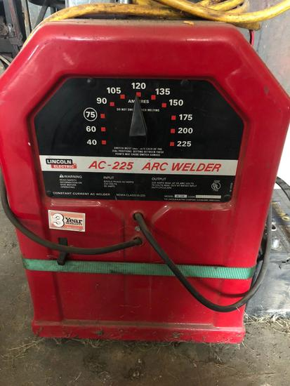 Lincoln Electric AC-225 Arc Welder
