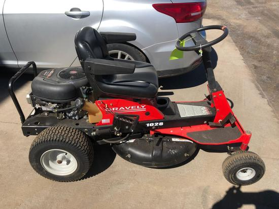 Gravely 1028 Riding Lawn Mower