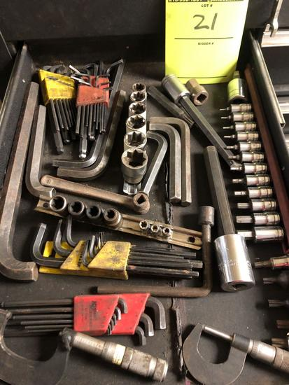 Bulk drawer Lot of Allen wrenches, Star sockets, and more