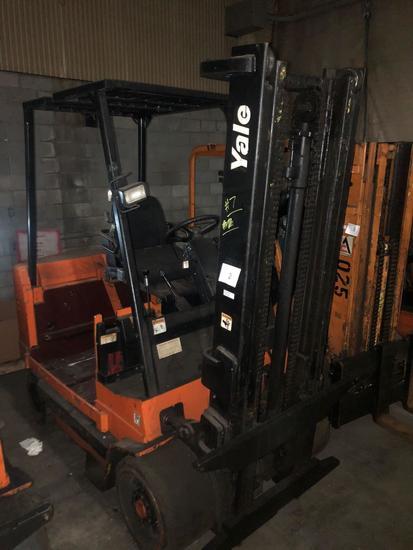 Yale Electric Dual Mast Forklift Model ERC100HDN36SV096FR