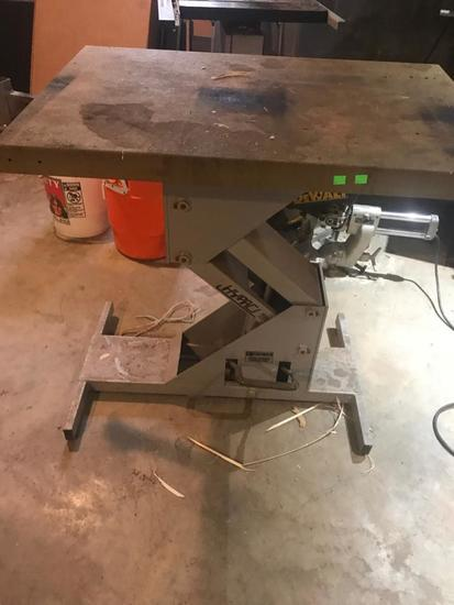 Edemco Model F975000 Hydraulic Table