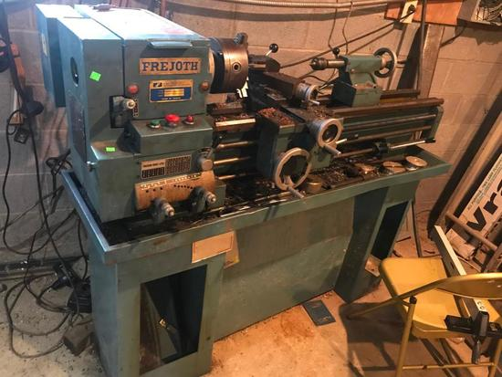 Frejoth FI-900 Metal Lathe 480 3 phase, comes with stand and misc tooling pictured