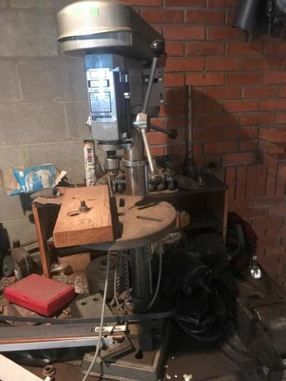 Duracraft UL-500 15 inch drill press, bench top, in working condition