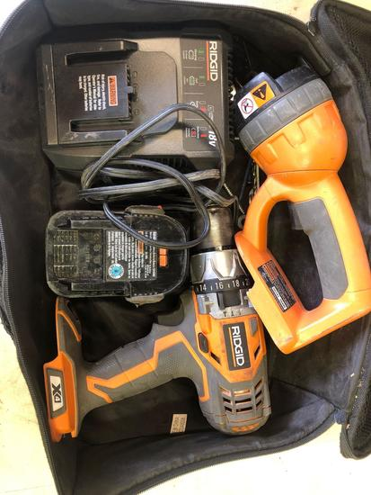 Ridgid 18v Cordless 1/2 in Drill & Flashlight