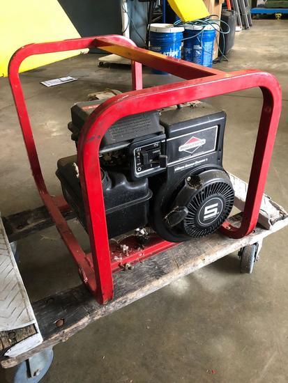 Briggs & Stratton 5 hp Generator w/ Generac SV-2400 Transformer
