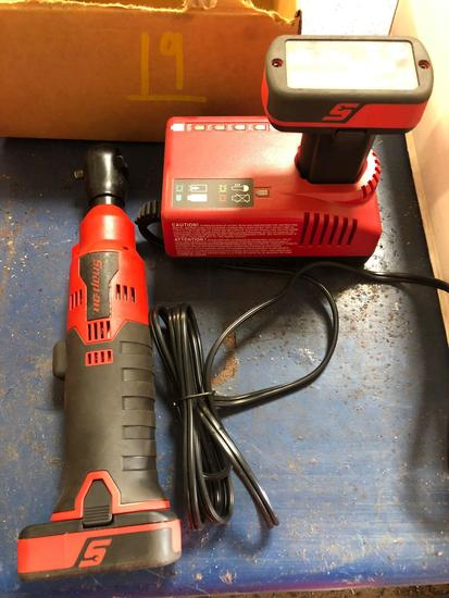 Snap-On 7.2/14.4v Rechargeable 1/4 in Rathet Set.
