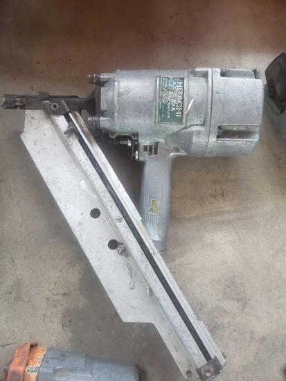 Hitachi Air Strip Nailer 3 1/4