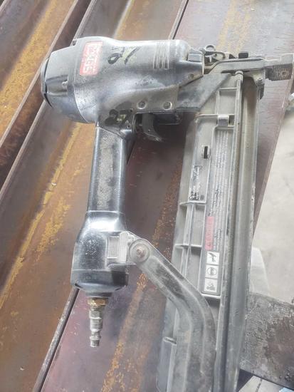 Senco 16 gauge air fastener gun