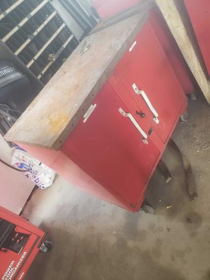 Knaack Red shop cart, tool storage, table on casters