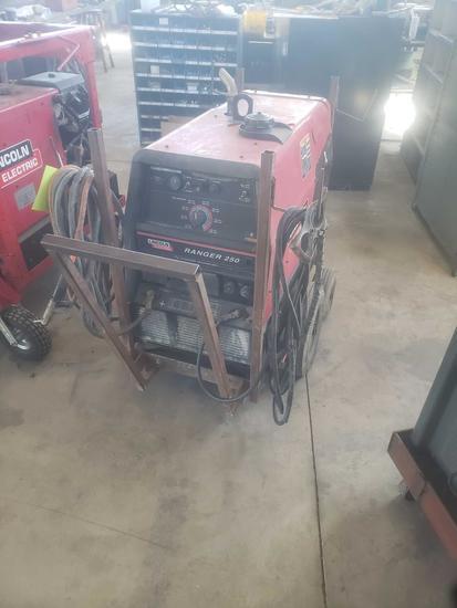 Ranger 250 Lincoln Electric generator/arc welder