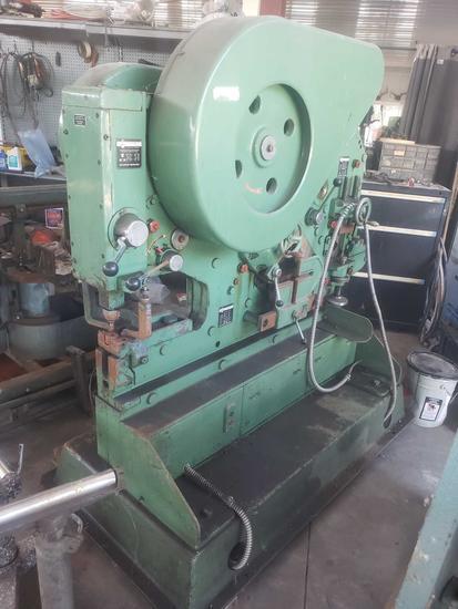 mubea modell kbl 13 universal iron worker