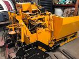 LeeBoy Asphalt Paver w/ 8 ft Hopper/6.6 wide conveyors