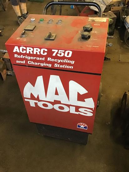 Mac Tools ACRRC 750 refrigerant recycling and charging station, untested