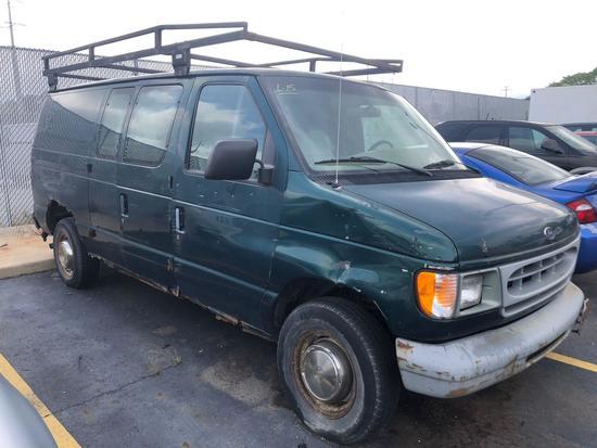 1999 Ford E-250 Van (A14)