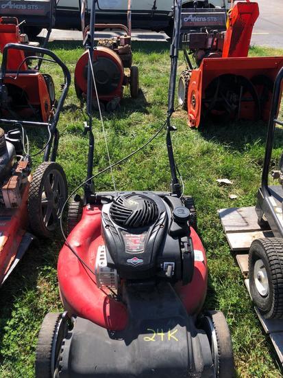 Yard Machines 21in Self Propelled Lawn Mower