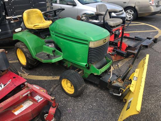 John Deere 325 18hp V-Twin Plow Tractor