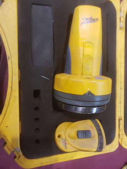 Robo Laser Level Mdl.RB01001 with Remote.