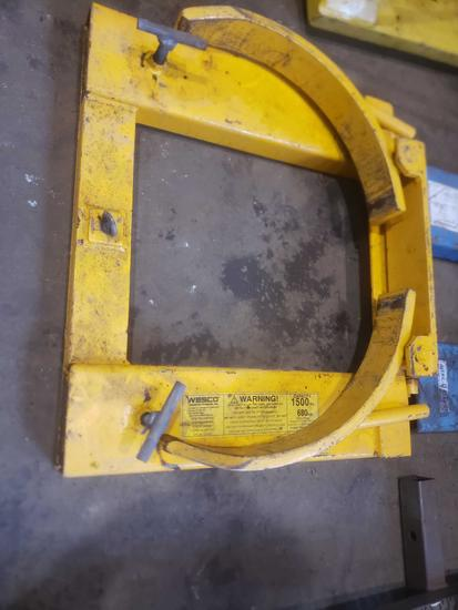 Wesco 1500lb fork lift Drum Grabber