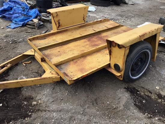 Small dump trailer, needs tire