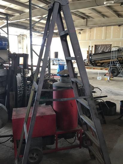 8 foot fiberglass stepladder