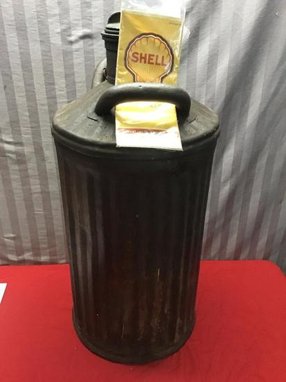 10 Gallon Shell Gas Can, with Shell Road map
