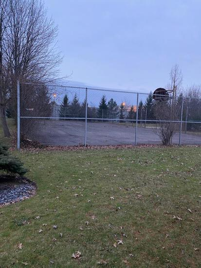 Basketball/ Tennis court enclosure chain link fence