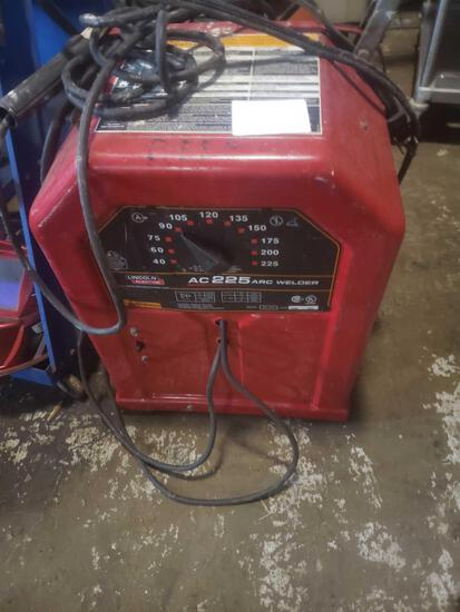 Lincoln Electric 225 arc welder