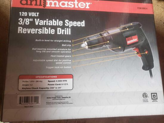 New Drill master 120 V 3/8 inch variable speed reversible drill