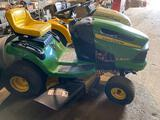 John Deere LA105 Riding Lawn Mower