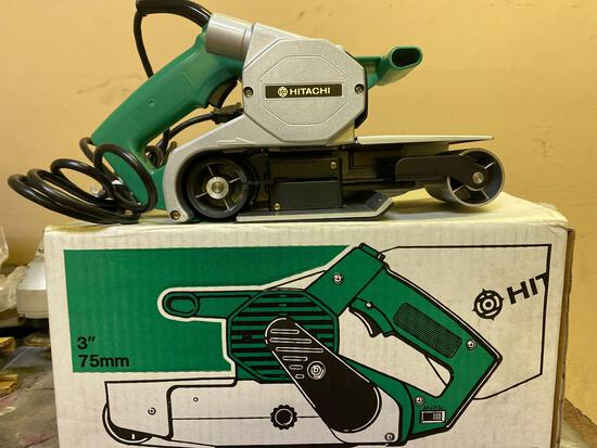 New in Box, Hitachi SB 8T, 3 in Belt Sander