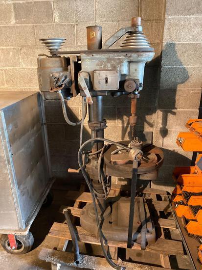 Royal 6 speed 220v Drill Press