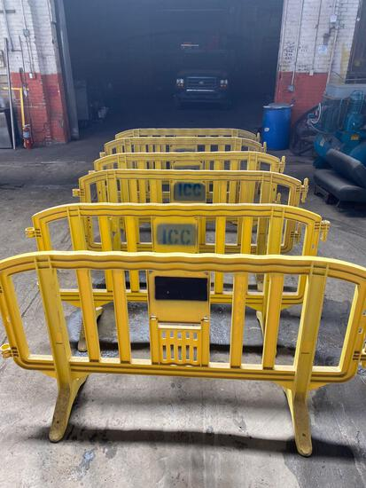 (6) Plastic Sections Of Safety Gating.
