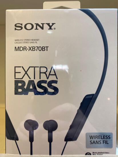 NEW Sony MDR-XB70BT Extra Bass Wireless Headset