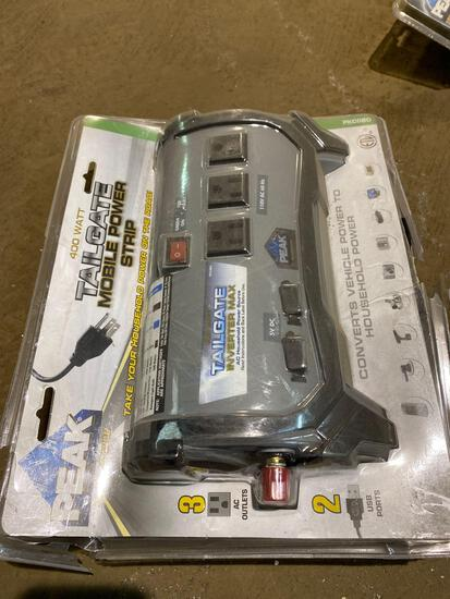 Peak 400 watt tailgate mobile power strip