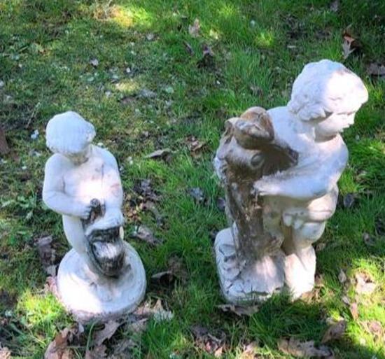 2 Romanesque Garden Statues