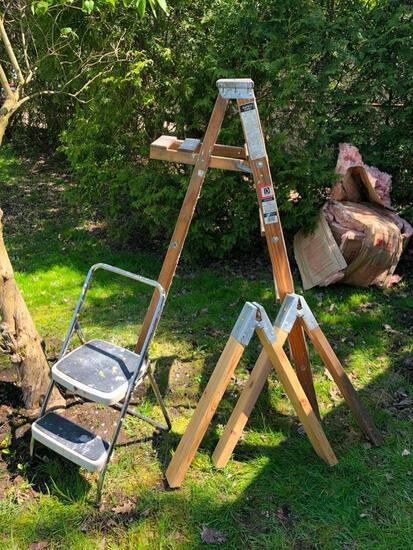 2 Ladders, Sawhorse Legs & Clamps