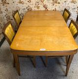 Mid Century Modern Kitchen Table and 5 Chairs