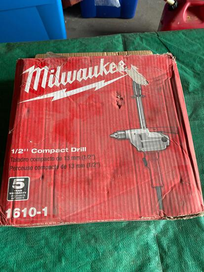 New Milwaukee 1/2 in Compact Hole Shooter drill
