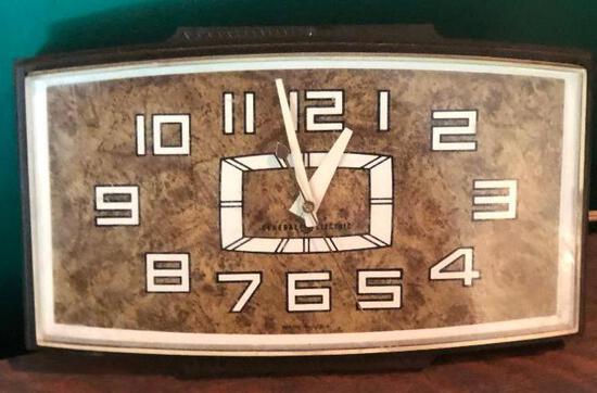 Vintage Mid Century General Electric Wall Clock