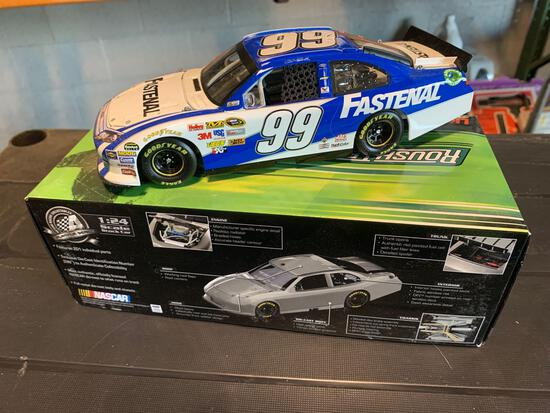 Carl Edwards #99 2012 Ford Fusion