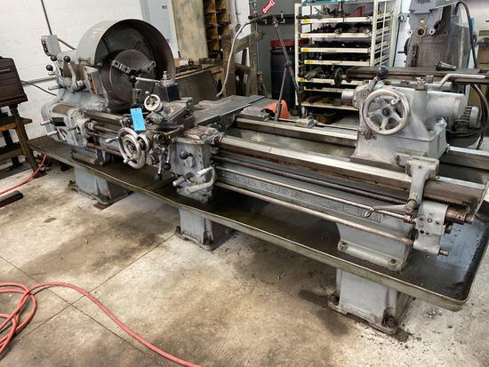 Axelson metal lathe, with 10ft bed, size W20, machine powers on and operates as expected