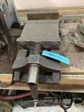 Drill press vise with 8 1/2 inch jaws
